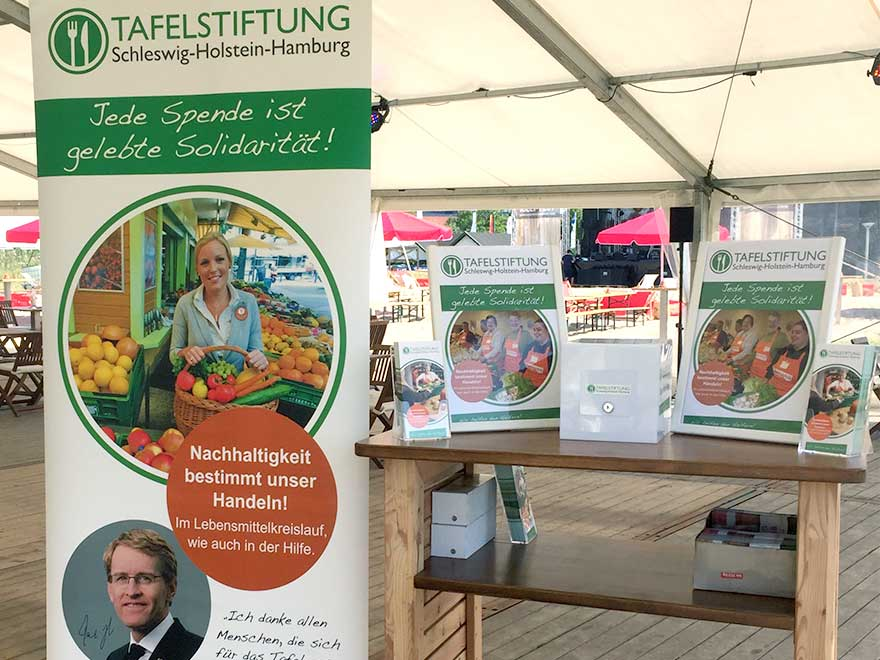 Tafelstiftung beim internationalen Belt-Cup